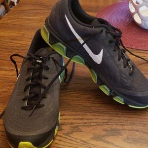 Nike tailwind 6 mens sz 10.5